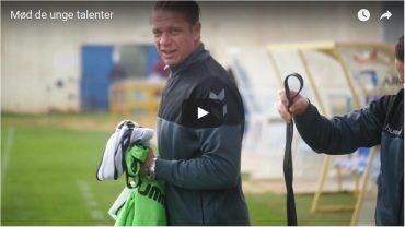 Video: AGF-talenter smager på livet som professionel fodboldspiller